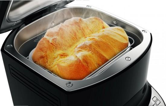 От размеров хлебопечки будет зависеть и объем готового хлеба