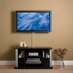kreplenie-dlya-televizora-na-stenu-1