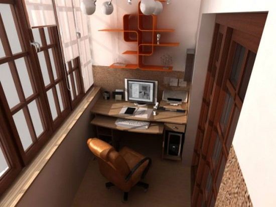Индивидуальное рабочее место на балконе
