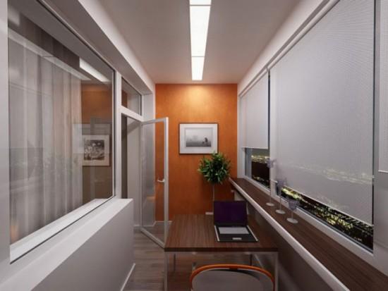 Для обустройства кабинета на балконе важно провести электричество
