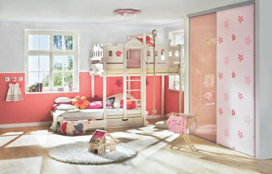 Комната для девочки в розовых тонах