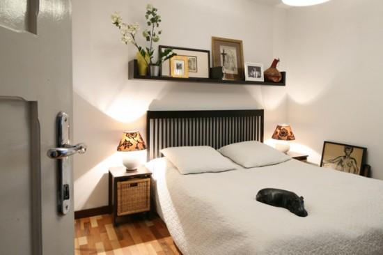 Для отделки спальни лучше выбирать светлые тона