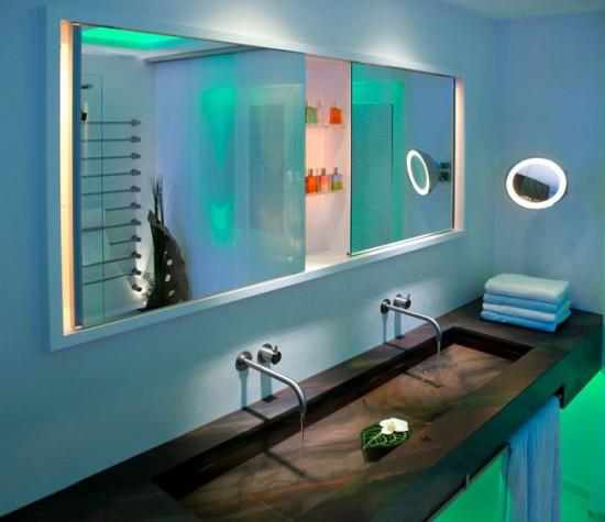 Оригинальная подсветка в ванной