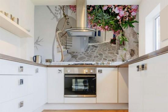 Фотообои с глубокой перспективой визуально расширяют пространство кухни