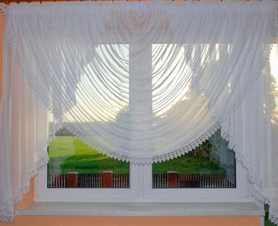 Укороченные шторы с ламбрекеном
