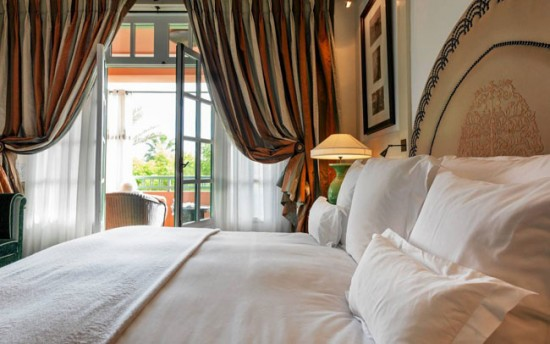 Винтажные шторы для спальни