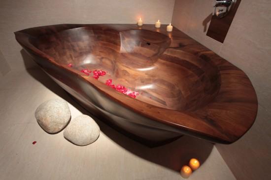 При правильном уходе деревянная ванна может прослужить очень долго