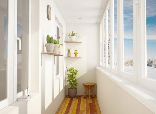 Теплый балкон можно оборудовать как комнату отдыха