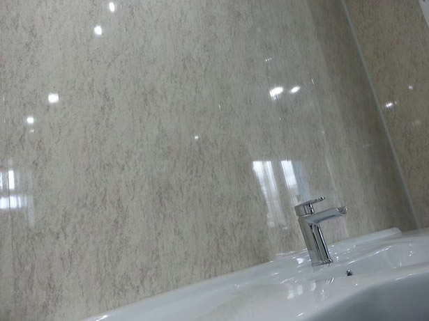 pvx-paneli-dlya-vannoj-i-tualeta-11