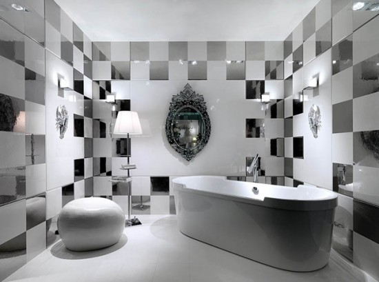 Зеркальная плитка в ванной