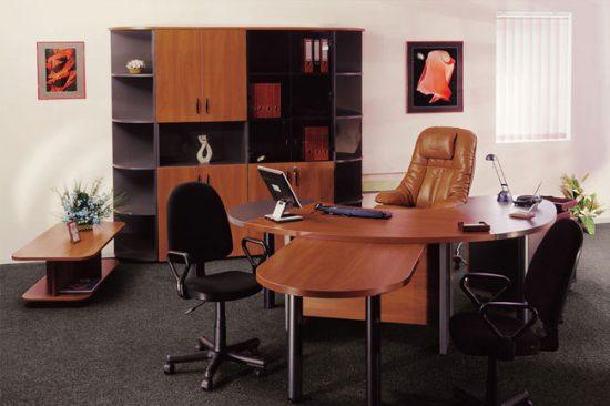 Рабочая зона должна занимать основное пространство комнаты