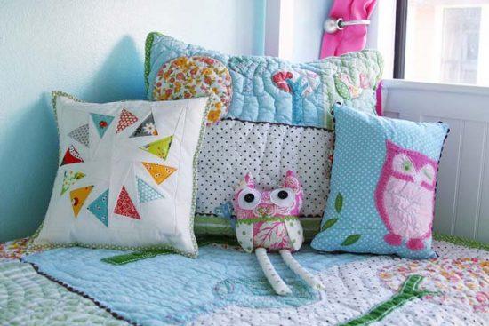 Декоративные подушки украсят комнату и детей, и взрослых