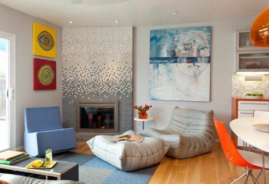 Комбинация мозаики и окрашенных стен