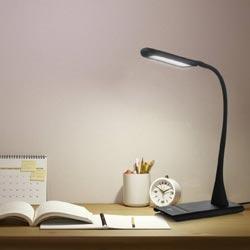 nastolnye-lampy-dlya-rabochego-stola-5