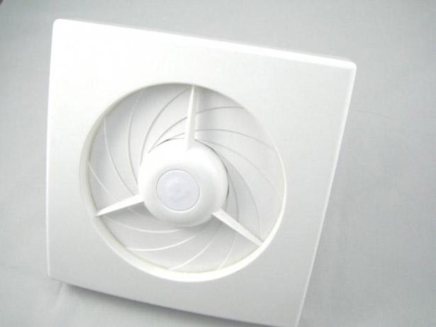 ventilyator-dlya-vannoj-besshumnyj-s-obratnym-klapanom-6
