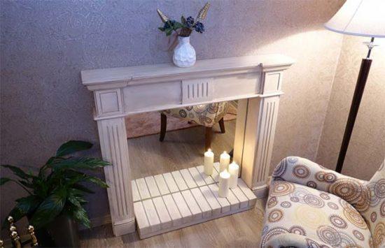 Самый простой способ имитации огня в камине - использование свечей