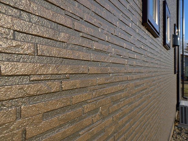 oblicovka-fasada-doma-kakoj-material-luchshe-13