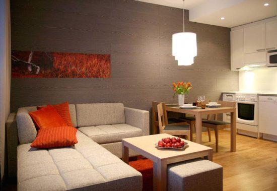 В результате перепланировки получается одна просторная комната взамен двух маленьких