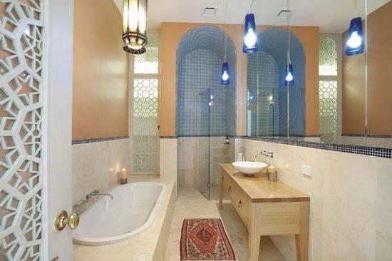 Орнаменты, ковры - характерные детали марокканского стиля