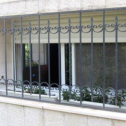 Решетки на окна первого этажа