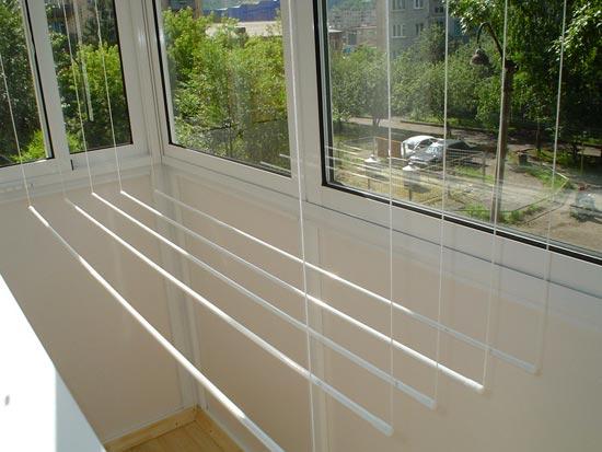 Балконная вешалка