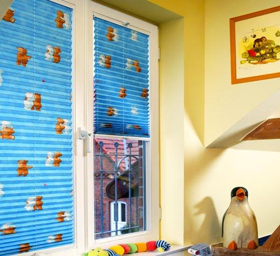 Шторы плиссе в детской комнате