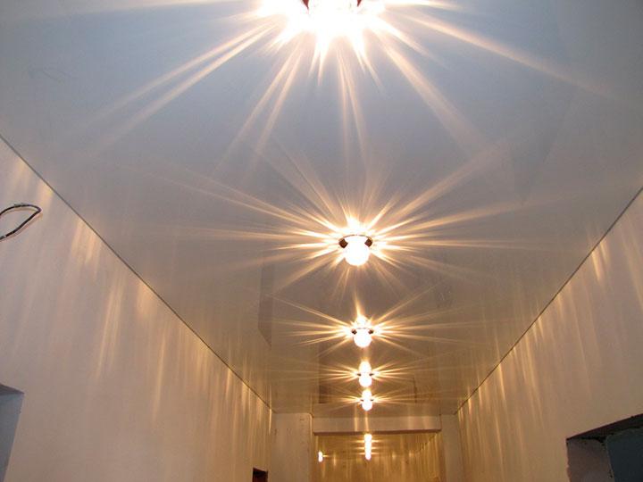 цвет потолка в коридоре