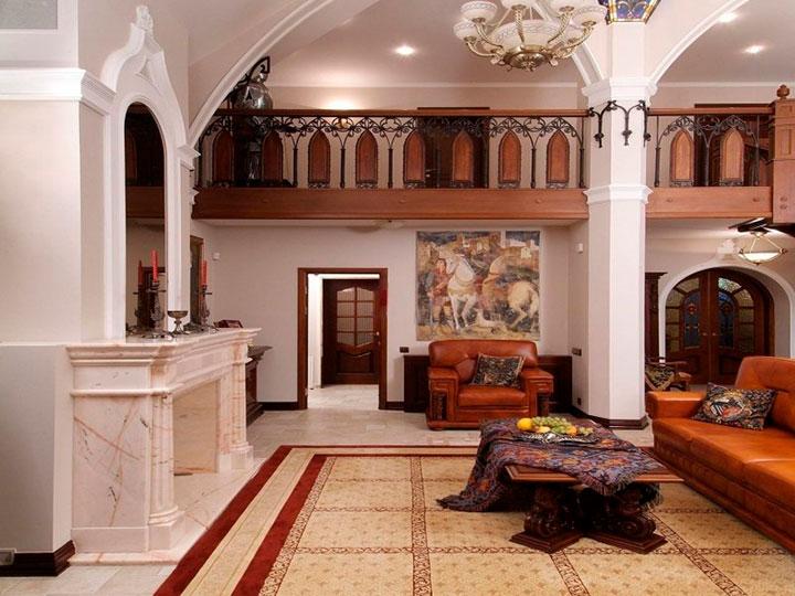 мебель для романского интерьера