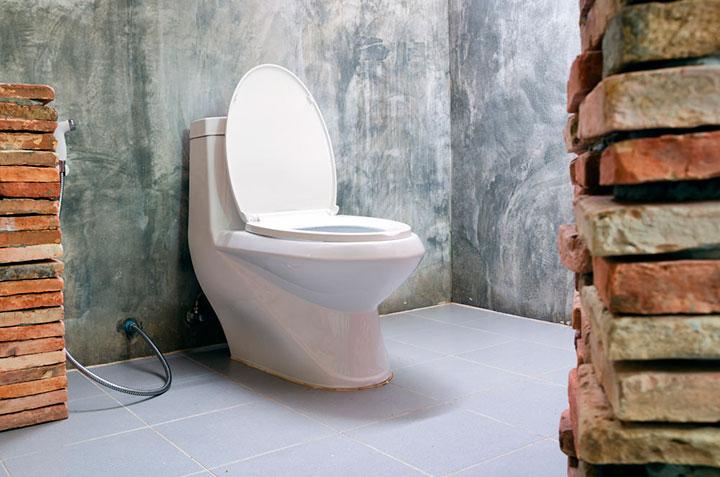 стиль лофт в туалете