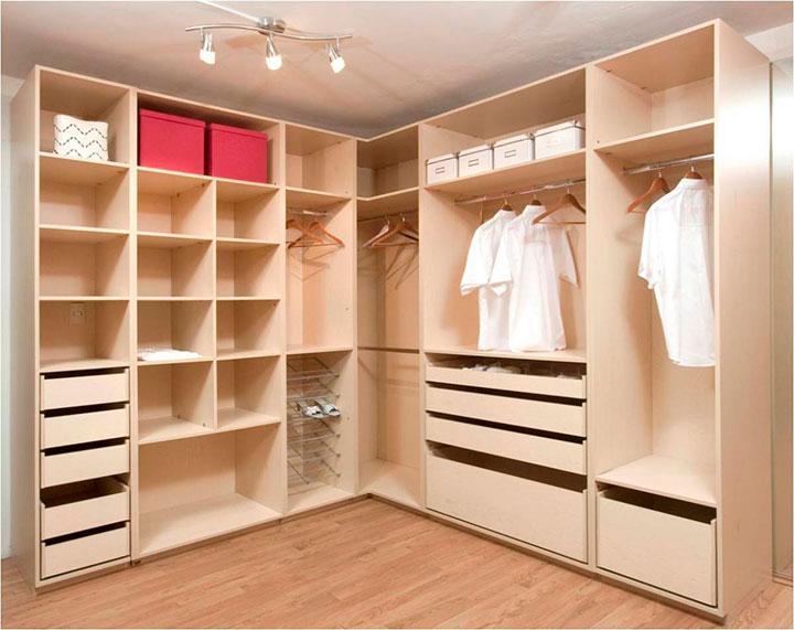 как обустроить гардероб дома