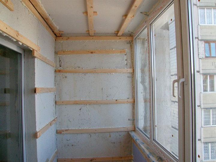 панели для отделки балкона