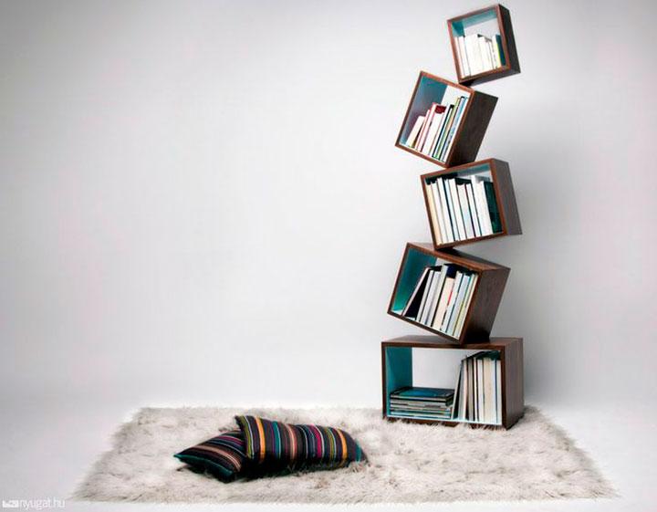 полка для книг необычной формы