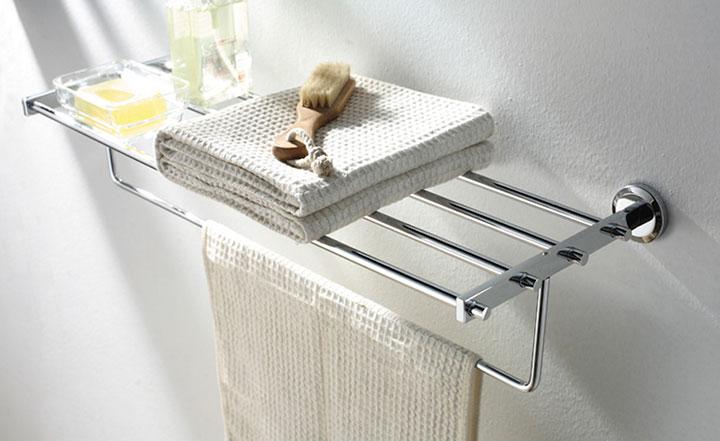 куда повесить полотенца в ванной