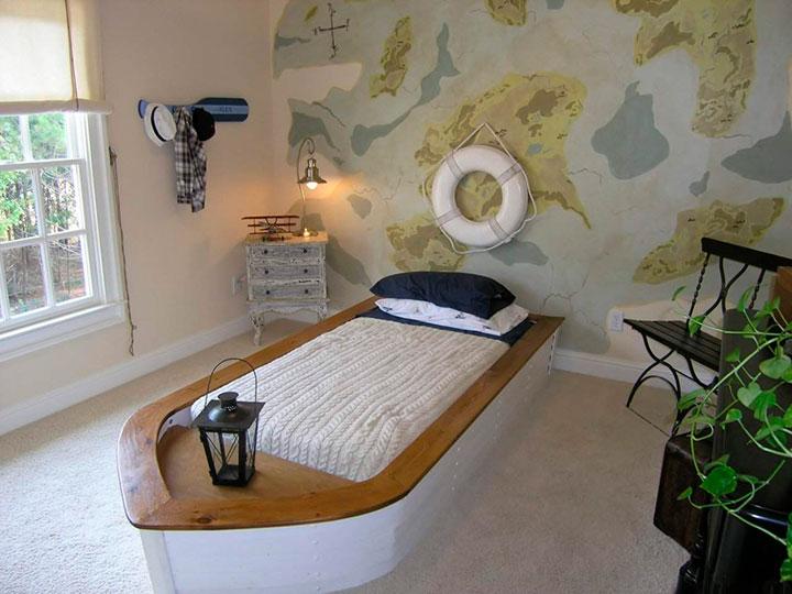 кровать для ребенка в форме лодки