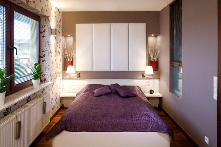 яркая узкая спальня