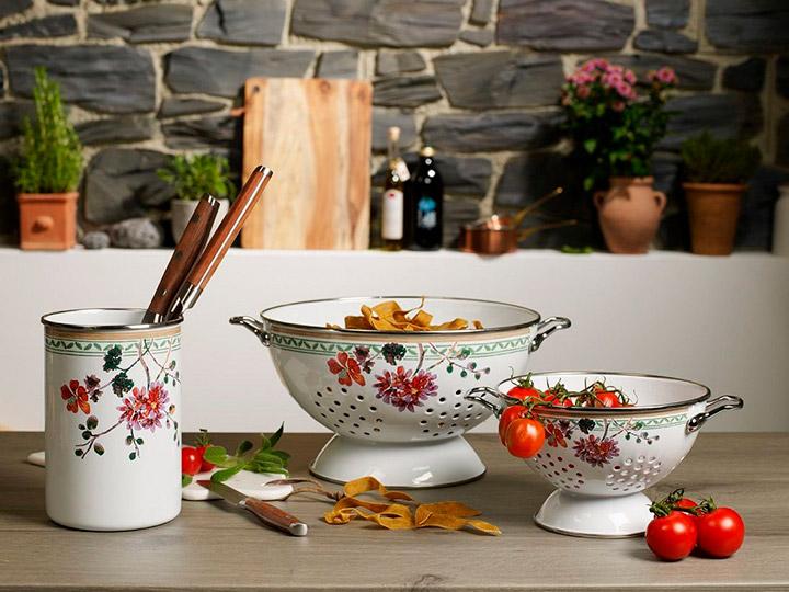 посуда металлическая для кухни