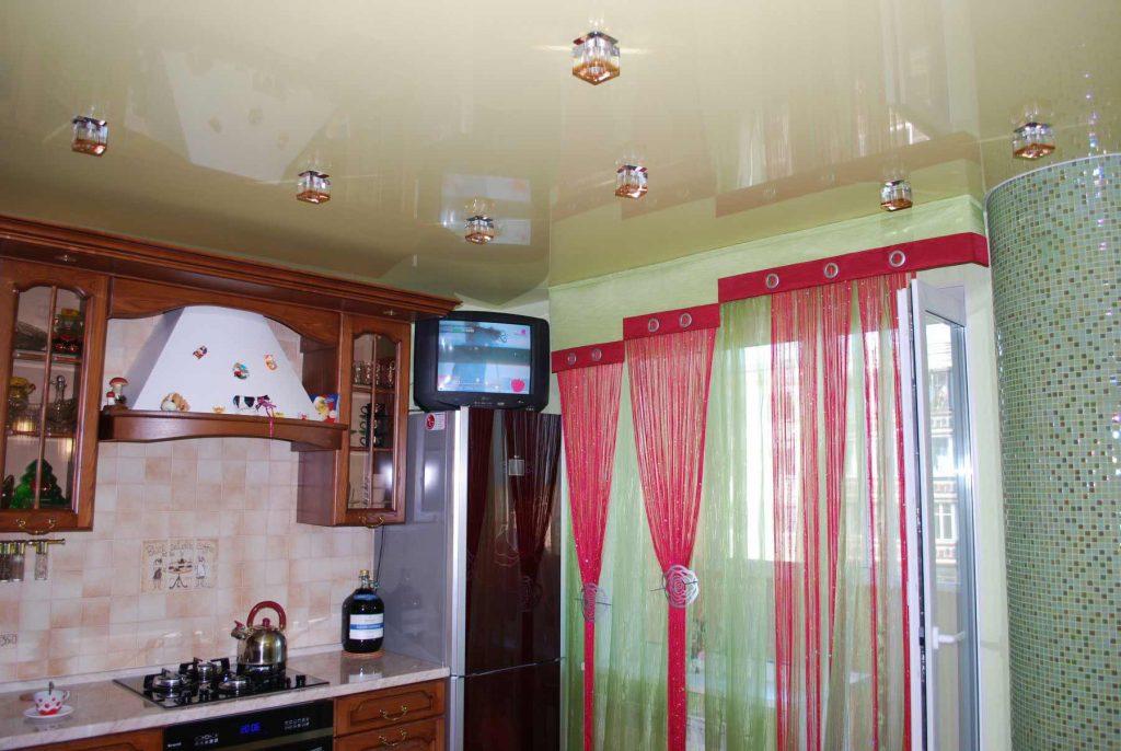 стандартный потолок